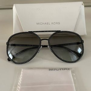 Brand new Michael Kors Miami 🕶